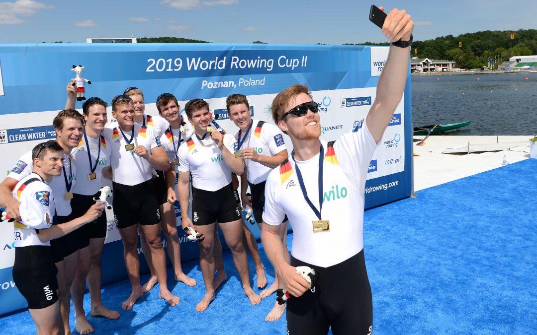 Deutschland-Achter feiert mit Sieger-Selfie und Goldmedaille
