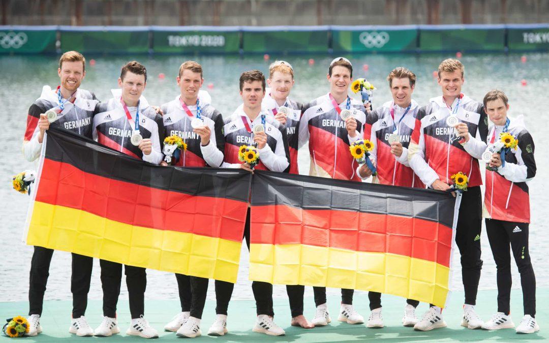 Der Deutschland-Achter gewinnt Silber in Tokio